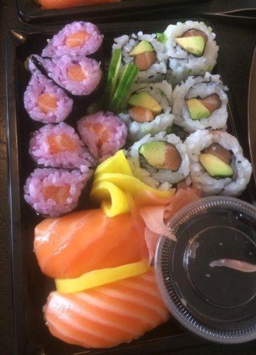 Khamsombat Sushi et Thaï