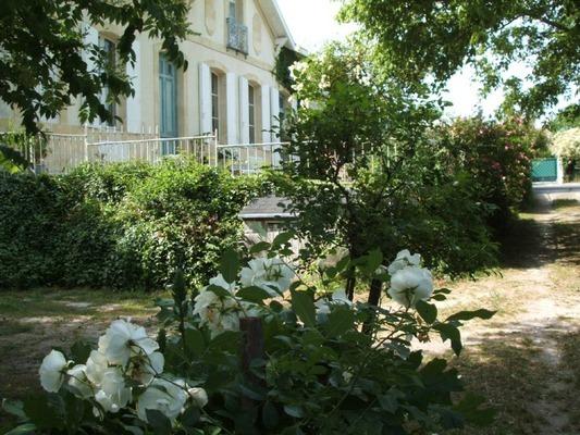 Château Beauséjour Chambres d'hôtes