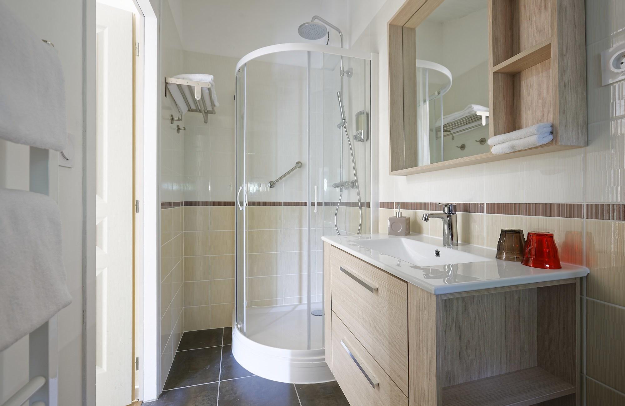 Domaine de Ludeye – salle de bain
