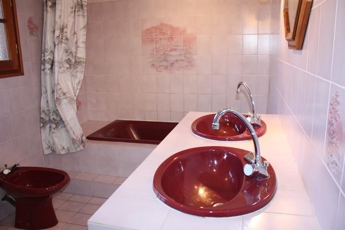 Le Porge, Location M. Bertin salle de bain